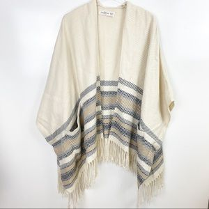 Abercrombie & Fitch Fringe Sweater Poncho Cream